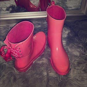 Crown & Ivy lace up rain boots